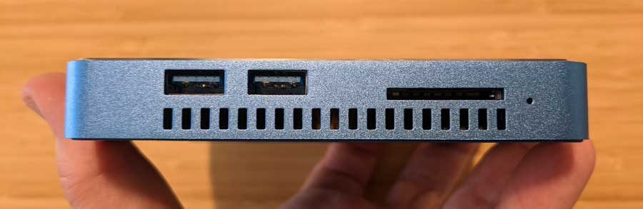 Beelink GT-King Pro: Side ports and SD slot